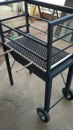Fabriçaçao em ferro e Aço INOX.
