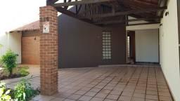 Título do anúncio: Casa térrea à venda, em bairro tranquilo e bem localizado Jardim Tarumã, Próximo ao HU Lon