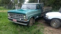 Caminhão f4000