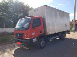 MB ACCELO 1016 Ano 2012