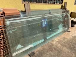 Vende-se vidro temperado
