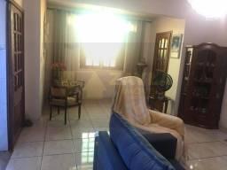 Título do anúncio: Apartamento com 2 quartos e dependência a venda em Irajá