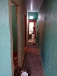 Alugo casa no São Geraldo c/ 3 quartos 900,00