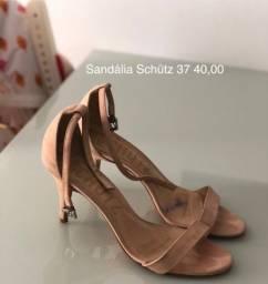 Sandália Schütz 37