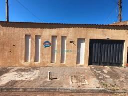 Sobrado com 4 dormitórios à venda, 243 m² de área construída por R$ 318.000 - Jardim Itama