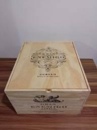 Título do anúncio: Caixa de madeira de vinho Gran enemigo (vazia)