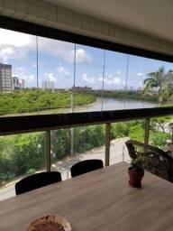 EDW- Apartamento 3 suítes  e 3 vagas na Beira Rio