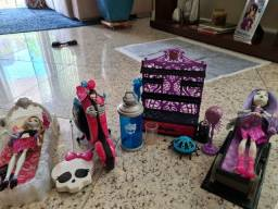 Boneca monster high e kit