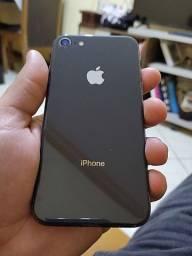 IPHONE 8 - 64 GB