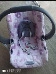 Título do anúncio: Bebê conforto e Trocador OS DOIS POR ESSE VALOR