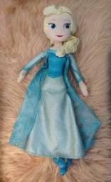 Boneca Pelúcia Elsa Frozen