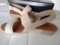 Sandália elástica Camel Usaflex