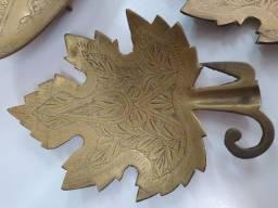 pratos de bronze