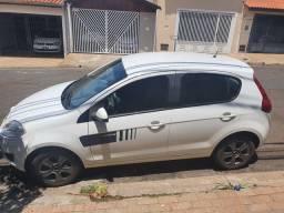 Fiat palio actrativ 2016