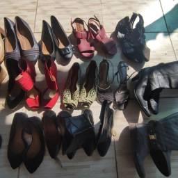 Lote de calçados inverno e verão 26 pares