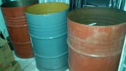03 tambores de 200 litros sem tampas Jundiaí, cortados