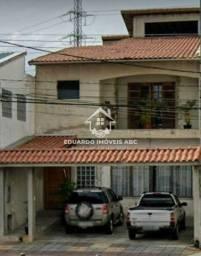 Título do anúncio: Sobrado Comercial com 245 m². 5 dormitórios. 2 vagas. 2 suítes. Salão.