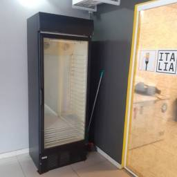 Título do anúncio: Vendo geladeira expositora