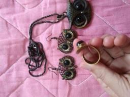 Brincos, colar, pingente, anel = 10,00
