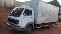Caminhão Volkswagen 8-150 delivery