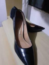 Título do anúncio: Sapatos seminovos torroo