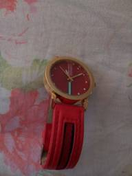 Carteira feminina, secador de cabelo, relógio, bolsa e.mochila