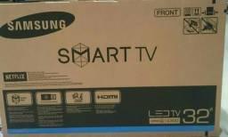 Smart TV Samsung UN-32J4300 led 32 pol wifi integrado netflix nova zerada em P.Alegre-rs