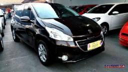 Peugeot 208 Active Pack 1.5 2015 - 2015