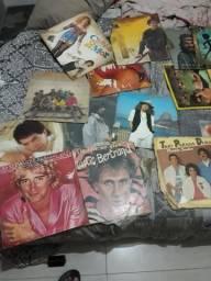Vendo vários CDs antigos