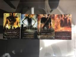 """Livros da saga """"Instrumentos Mortais"""""""