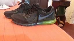 Nike Air Max TAM 42
