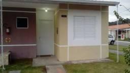 Casa Geminada em Condominio Fechado 2 Quartos Patio Fechado