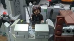 Lego 9474 Senhor Dos Anéis A Batalha De Helm's Deep + 9471