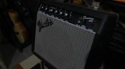 Cubo Amplificador Guitarra Fender Frontman 15R