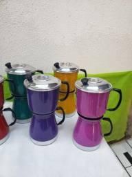 Cafeteiras coloridas 1.5 litros