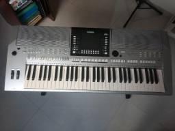 Teclado Yamaha PSR S910