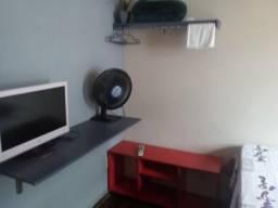 Aluga-se quartos mobiliados, diárias, quinzena ou mensal