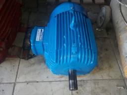 Motor elétrico WEG, 10CV, 3500rpm.