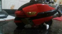 Power ranger com moto transforme