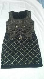 Vestido Preto com pedrarias