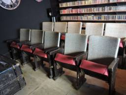 Cadeiras de Cinema Antigas