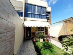 Chegou sua hora de mudar para esta linda casa Duplex em Morada de Laranjeiras