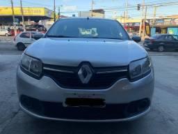 Renault Sandero 1.0 expression (2015)