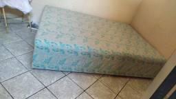 Vendo cama box 300 novinha 1 mês de uso