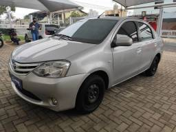 Toyota Etios Sedan XLS 1.5 2012/13 MANUAL