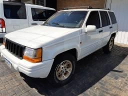 Cherokee V8 MAMATA