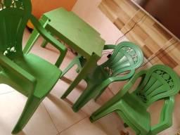 Joga de mesa (plástica)