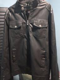 Jaqueta de couro - baratinha
