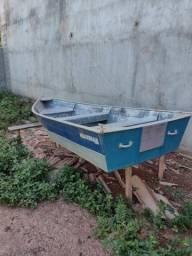 Barco seminovo