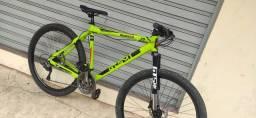 Título do anúncio: Bike aro 29 de alumínio gtsm1 quadro 21 freio hidráulico amortecedor com trava no guidão